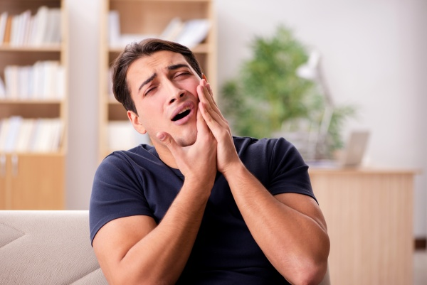 What To Do If Your Teeth Get Knocked Out